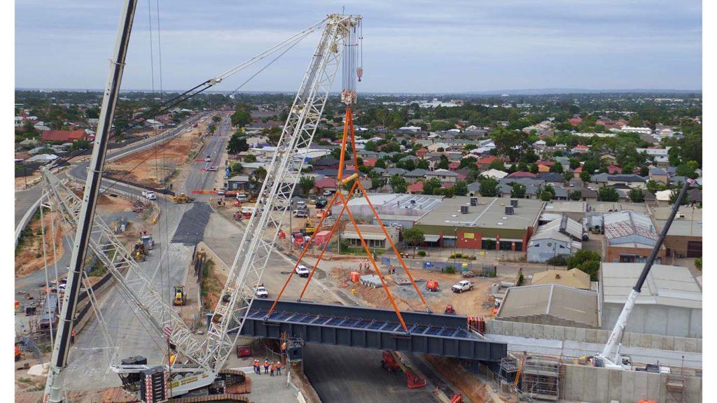 Rail bridge installation